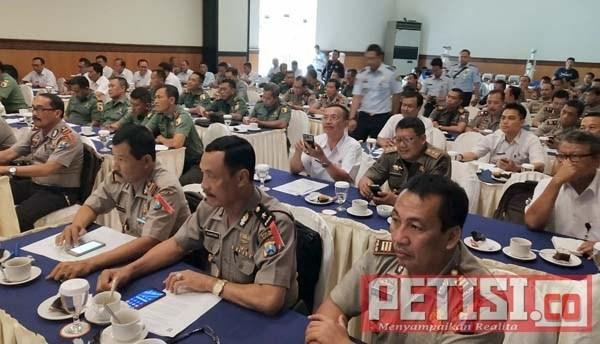 Permalink ke Kantor Imigrasi Kelas ll  TPI Jember Giat Pengawasan Timpora se Kabupaten Bondowoso