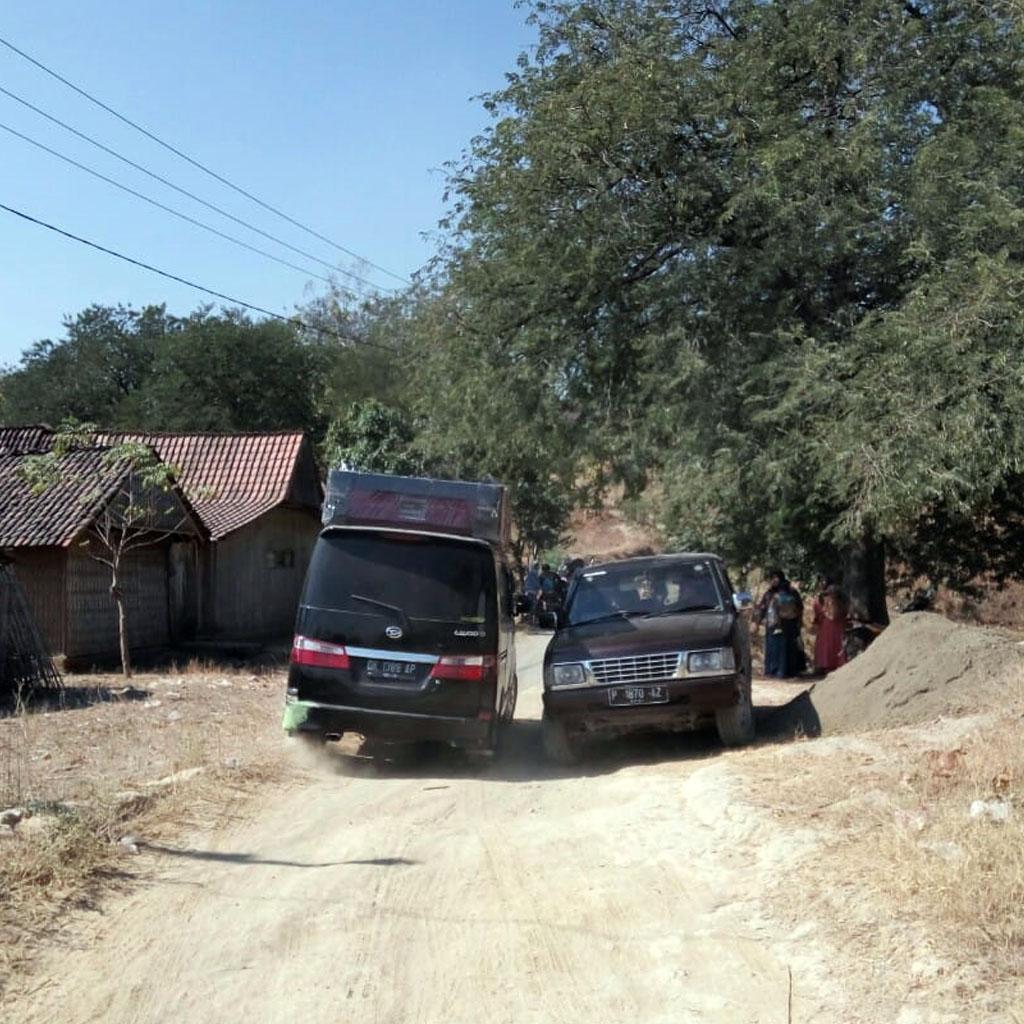 Permalink ke Jalan Menuju  Desa Lanas  Bondowoso tak Tersentuh  Pembangunan Pemkab