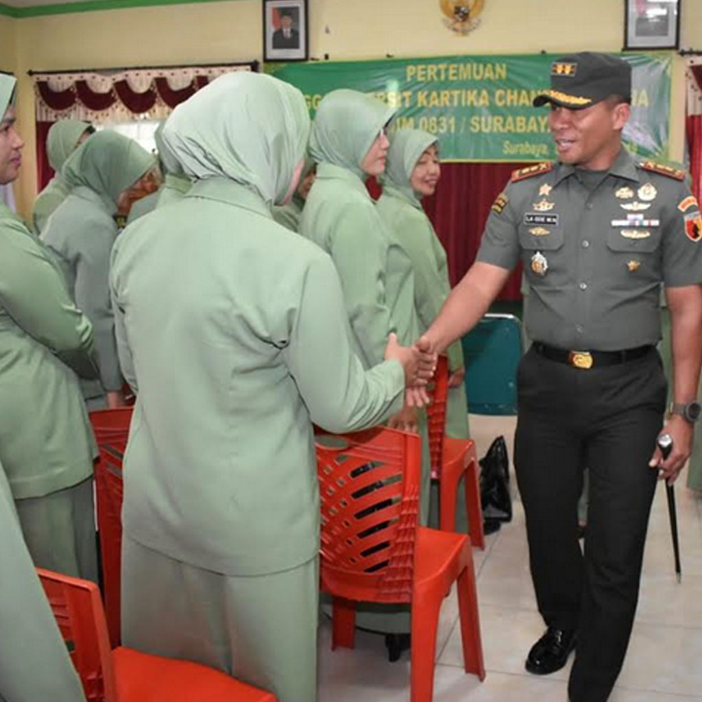Permalink ke Pertemuan Rutin, Ketua Persit dan Dandim 0831/ST Pamit Pindah Tugas