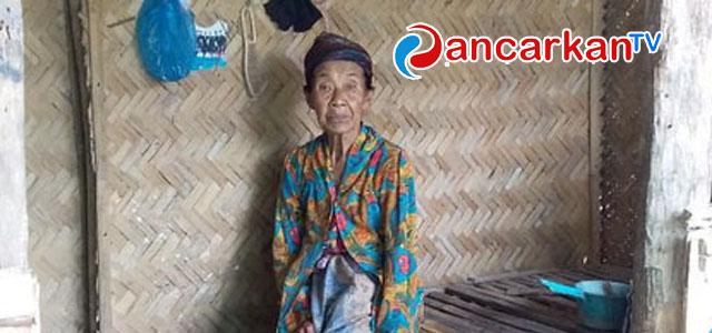 Permalink ke VIDEO: Potret Kemiskinan Nenek Samsiyah, Butuh Perhatian pemkab Bondowoso
