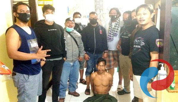 Permalink ke Polsek Klabang Bondowoso Ciduk Buronan Ilegal Logging