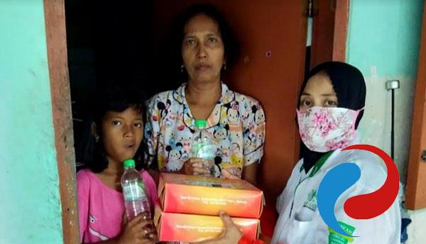 Permalink ke JNE-IFS dan UPZISNU Sidoarjo Bagikan 1.000 Paket Makanan