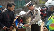Permalink ke Cipkon Mandiri di Jalan Tambak Dono, Polsek Pakal Jaring 34 Pelanggar
