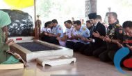 Permalink ke Wagub Emil Dampingi Panglima TNI Ziarah ke Makam Bung Karno