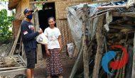 Permalink ke Pejuang Rupiah Bersedekah Berikan 60 Paket Sembako