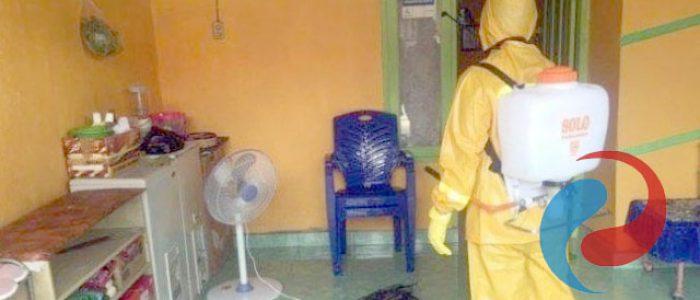 Kelompok Patrol Kerinduan Desa Penambangan Lakukan Penyemprotan Disinfektan