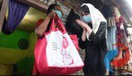 Permalink ke Bersama Geng Gemes, Arumi Bachsin Bagikan 150 Paket Sembako